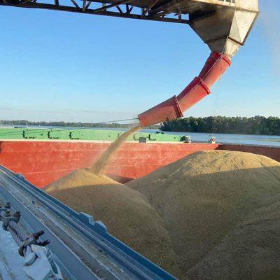 «Грейн-Трансшипмент» отгрузил первую партию ячменя нового урожая на терминале «Жемчужина Днепра»