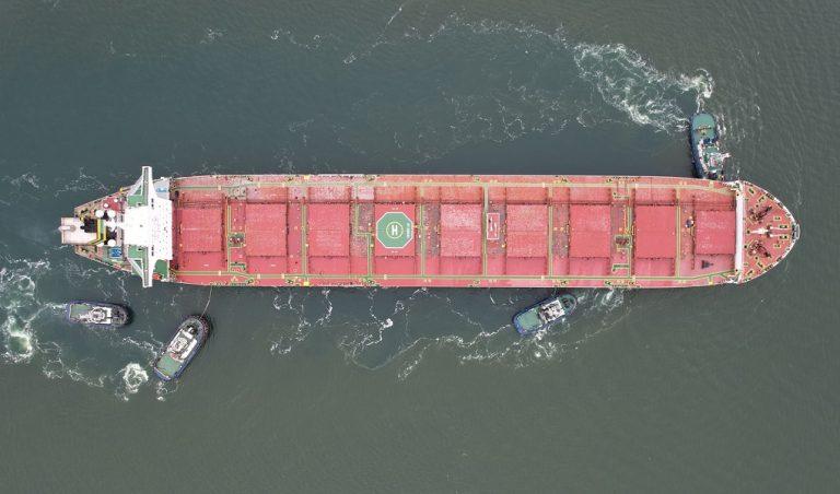 Морпорты сократили количество обработанных судов на 3% в январе-августе