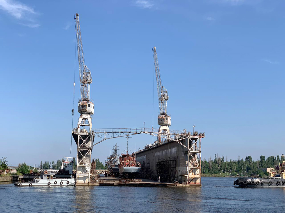 НСЗ спустил на воду тральщик и ракетный катер после ремонта