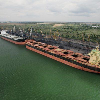 Судозаходы: пятерка крупнейших судов порта «Пивденный» в июле