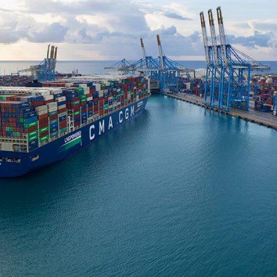 CMA CGM и Abu Dhabi Ports построят первый в Персидском заливе полуавтоматический контейнерный терминал