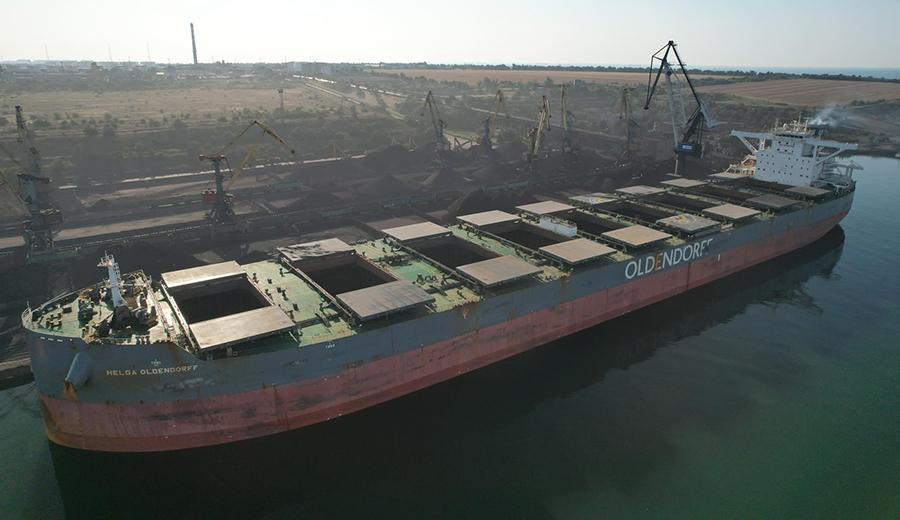 Судозаходы: пятерка крупнейших судов порта «Пивденный» в августе