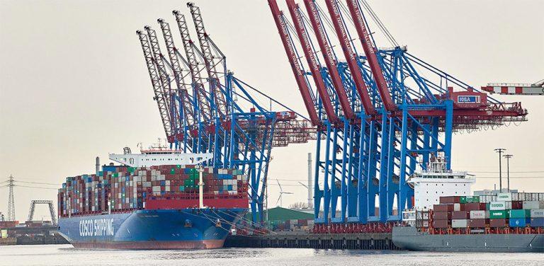 COSCO приобретет долю в терминале HHLA в порту Гамбург
