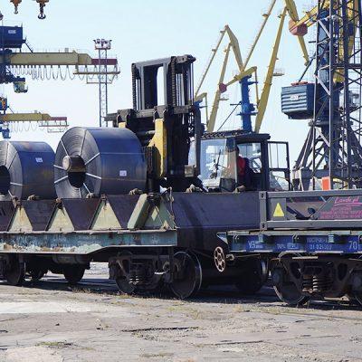Госстивидор ММТП обработал почти 350 тыс. тонн грузов с начала месяца