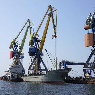 Госстивидор ММТП обработал почти 60 тыс. тонн грузов с начала месяца