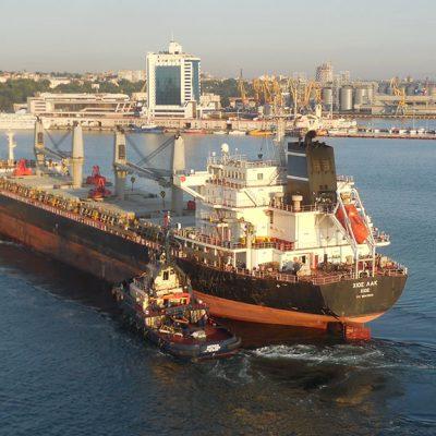 Одесский порт рекордно нарастил перевалку нефти и нефтепродуктов в августе