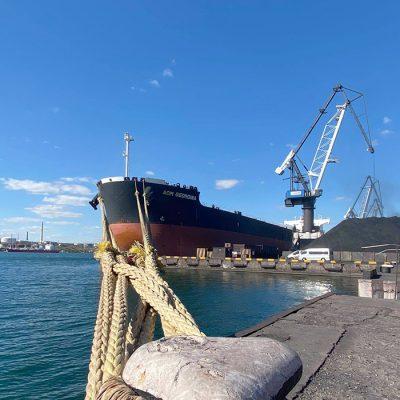 Госстивидор «Южный» с рекордной скоростью загрузил на судно 80 тыс. тонн ЖРК