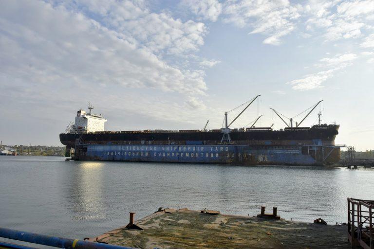 ИСРЗ отремонтирует еще один 229-метровый балкер