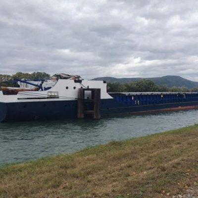 Судно с украинским экипажем разрушило мост во Франции