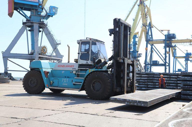 Госстивидор ММТП обработал более 250 тыс. тонн грузов с начала месяца